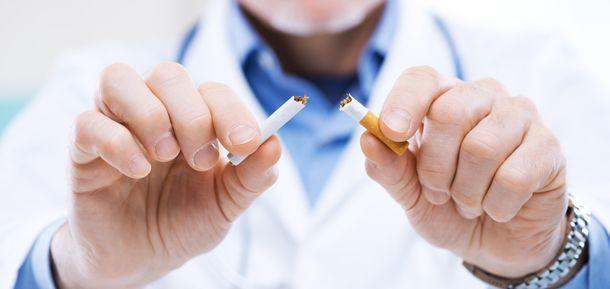El cese de tabaquismo debiera ser una parte integral del tratamiento de las enfermedades mentales